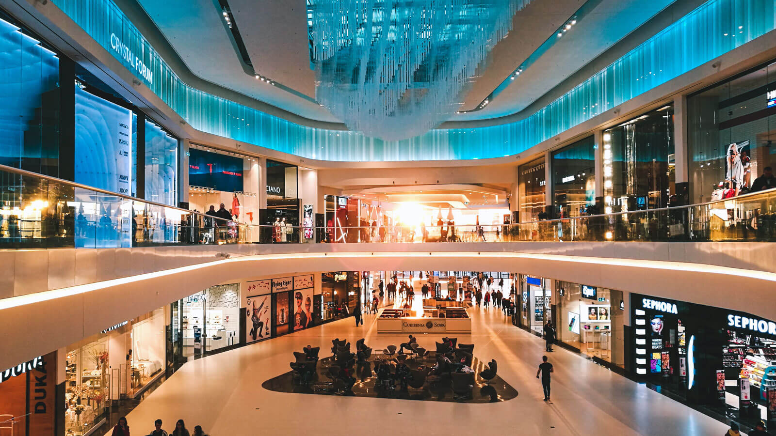 Channel innovations threatens the traditional retail business